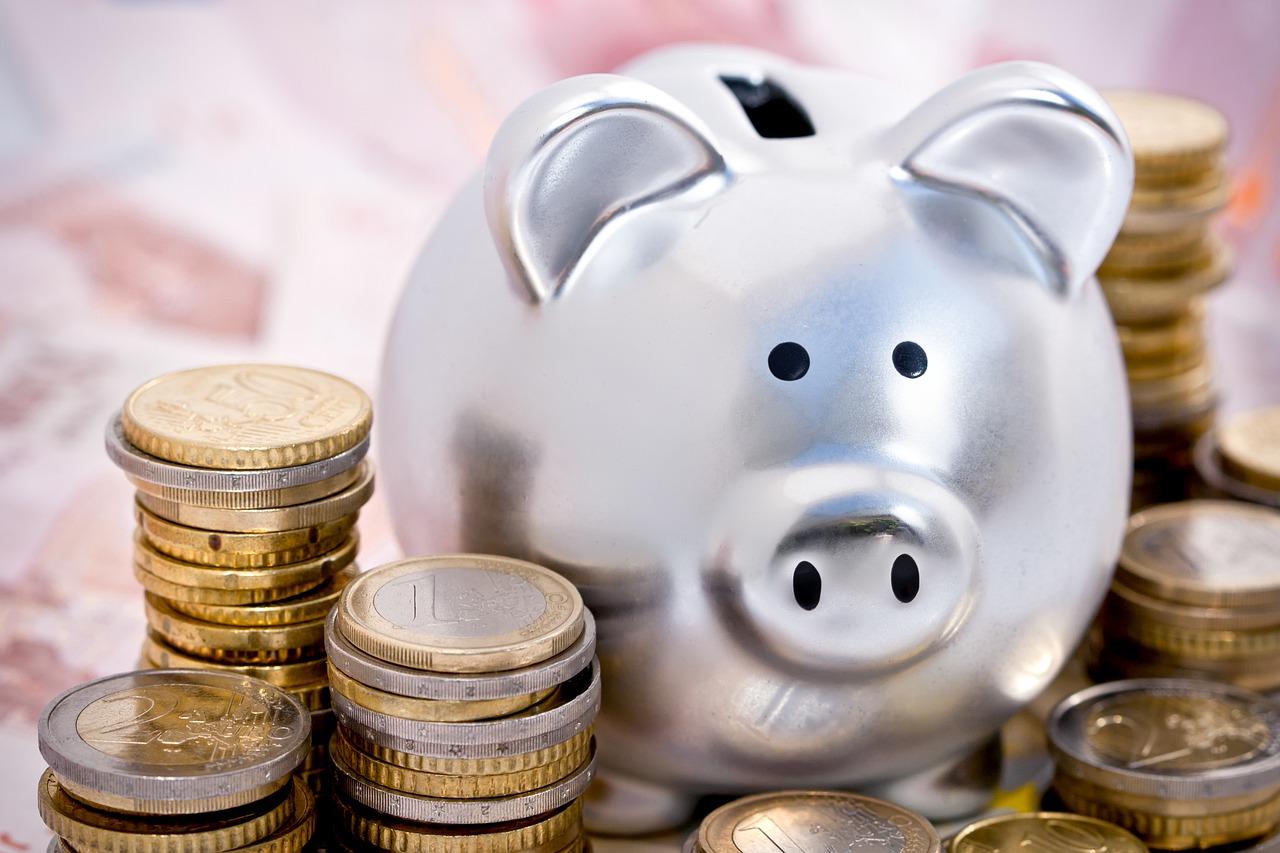 Как научиться откладывать деньги: 3 психологических приема